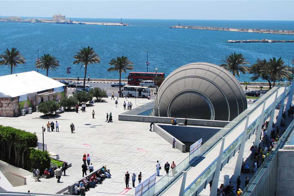 مكتبة الإسكندرية تدعو الباحثين للمشاركة بعدد خاص من «ذاكرة العرب» عن القاهرة
