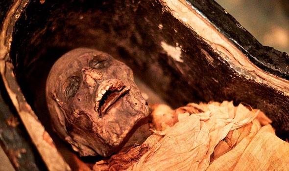 علماء ينجحون في إعادة بناء وجه مومياء مصرية لطفل تُوفي
