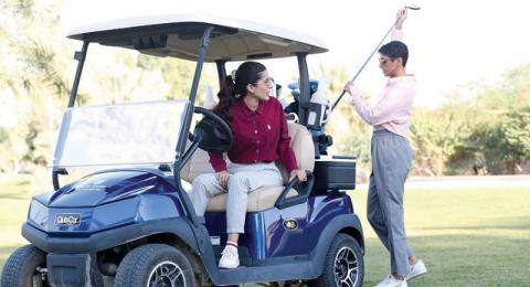 نادي «السيدات أولاً» يفتح أبواب تجربة الغولف «مجاناً» للمرأة السعودية