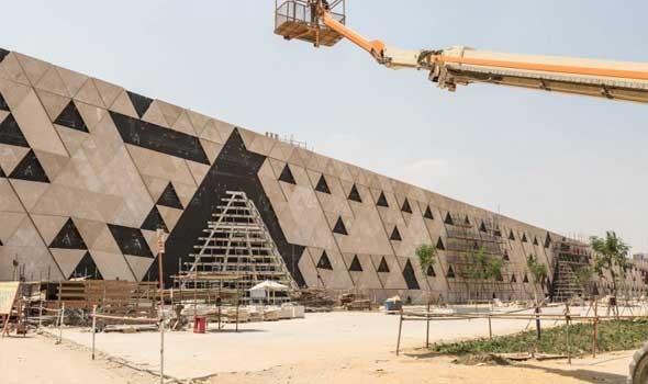 """المتحف المصري يبدأ ترميم لوحات """"مصطبة حسي رع"""""""