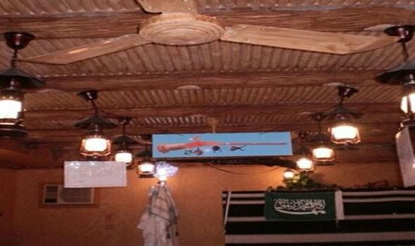 عائلة سعودية تجمع بعض المقتنيات التراثية منذ 25 عامًا