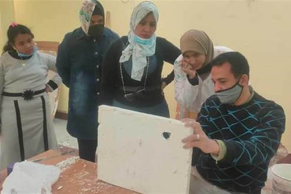 افتتاح مبادرة صنايعية مصر بقصر ثقافة السويس