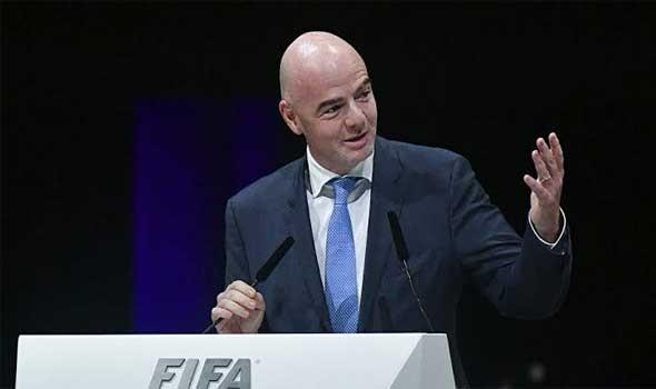 رئيس الفيفا يشيد بأداء الأهلي أمام البايرن بمونديال الأندية