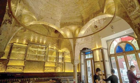 """""""حمام إسلامي"""" من القرن الثاني عشر يظهر في حانة في"""