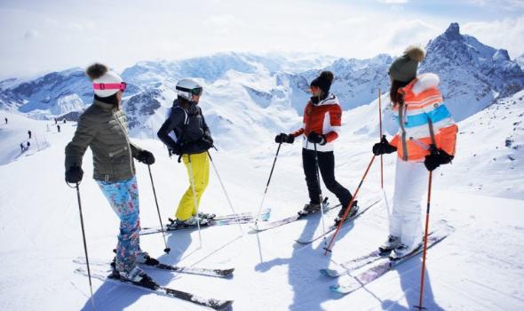 زوج مدربة منتخب إيران للتزلج يمنعها من السفر لبطولة العالم