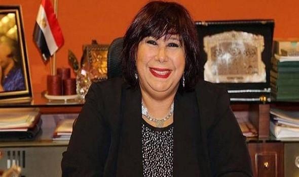 """وزيرة الثقافة المصرية تعلن خطة مسرح المواجهة وعرض مسرحية """"عيلة"""